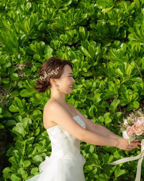 沖縄恩納村 フォトウエディング ビーチフォトの髪飾り