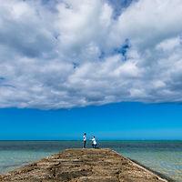 沖縄 恩納村 フォトウエディング ウェディングフォト ビーチフォト 前撮り 私服ロケーションフォト