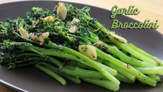 Spicy Garlic Broccolini