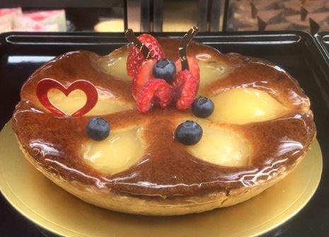 Whole Cake_洋梨のタルト