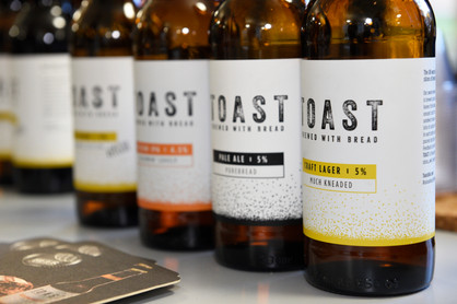 Toast Ale Stand