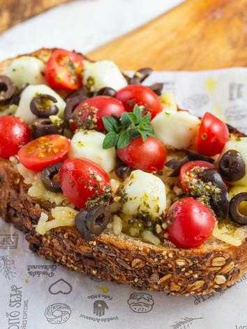 toast_caprese.jpg