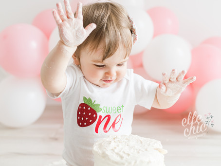 Abigail is ONE | Simplicity Session & Cake Smash