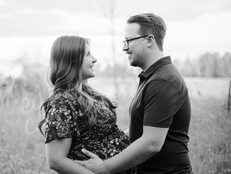 Julia + Adam | Lifestyle Maternity Session