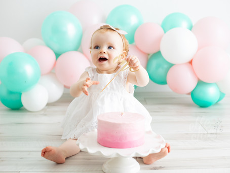 Charlotte is ONE | Guelph, Ontario First Birthday Cake Smash