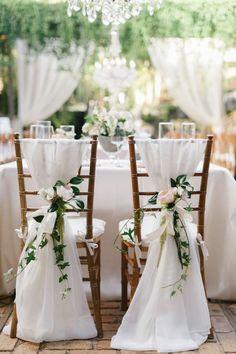 Chaises des mariés