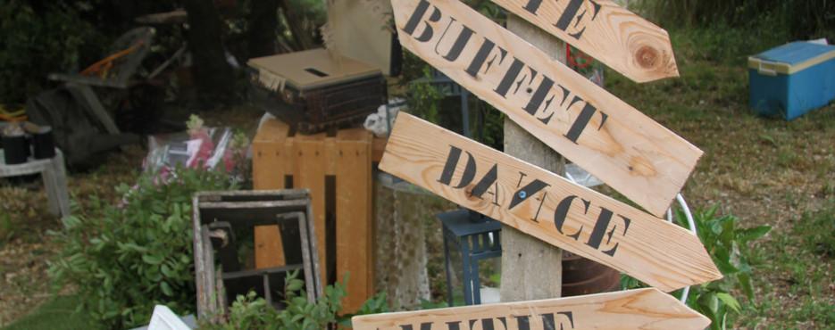 Pancarte bois directionnellle