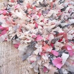 Tapis de franges rose