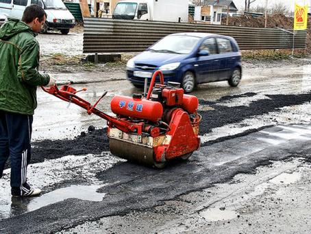 Отвечаем просто и доступно на вопрос: «Почему в России плохие дороги?»