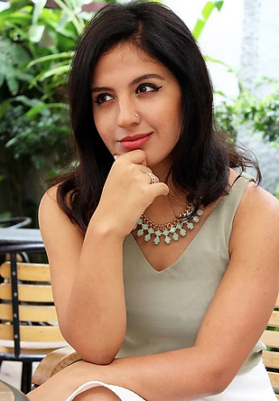 Diya Asrani is personal branding coach helping entrepreneurs, coaches and trainers build their confidence and presence as experts in the industry