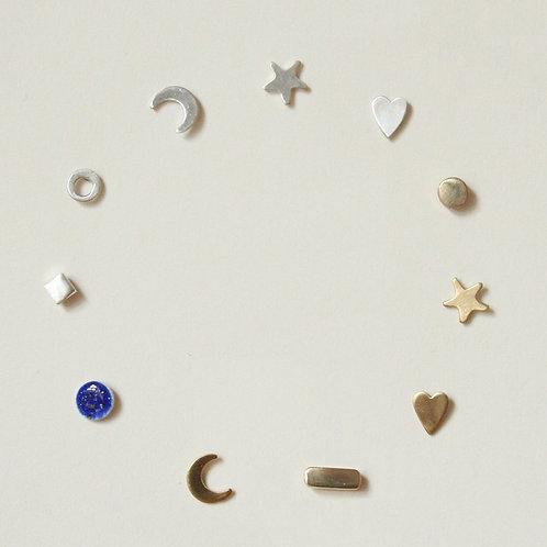Tiny Earrings - Clustdlysau Bach