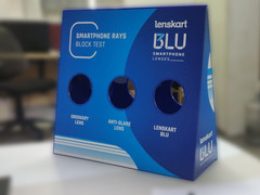 Interactive lens demo box for Lenskart