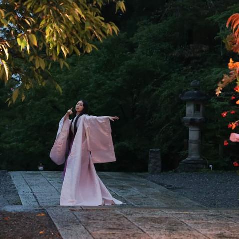 虚空蔵法輪寺にて、「幽玄の舞」終了『小督局』『白鳥』『バッハ無伴奏』を踊らせて頂きました。