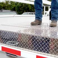 Treadplate Diamondplate Aluminum Truck Box.jpg