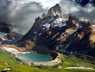 Argentina_Mountains_Lake_419122 (1).jpg