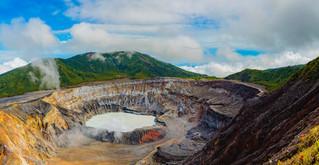 Volcán Poas.jpg