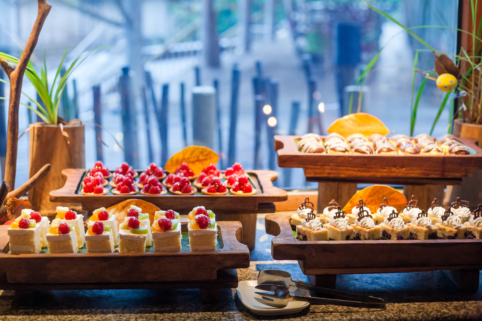2142_Soneva Kiri Resort Dining - The Din