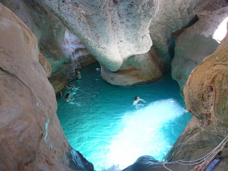 wadi-shab.jpg