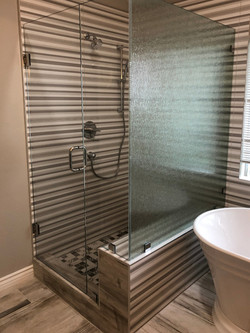 Clear and Rain Glass Shower