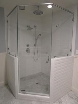 Neo-Angle Shower
