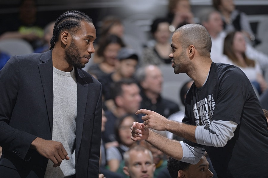Kawhi_Leonard_Tony_Parker_NBA_Around_the_Game