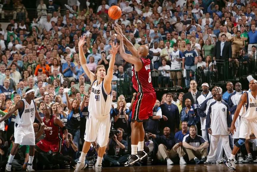 NBA_Around_the_Game_Antoin_Walker