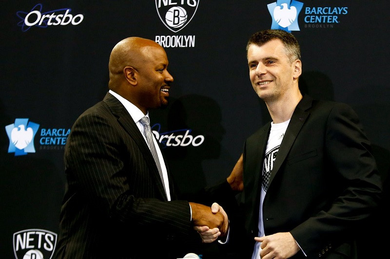 King_Prokhorov_Around_the_Game