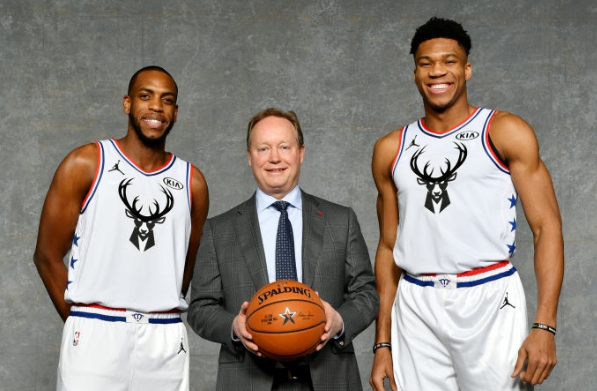 Milwaukee_Bucks_Giannis_Antetokounmpo_Mike_Budenholzer_Khris_MIddleton_NBA_Around_the_Game