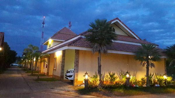 โรงแรม ซาลีน่า แกรนด์ อุดรธานี  Zaleena