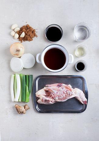 Huhn und Zutaten