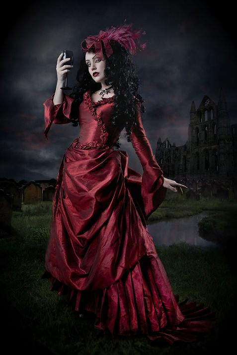 Lady Amaranth_By_Taya_vignette.jpg