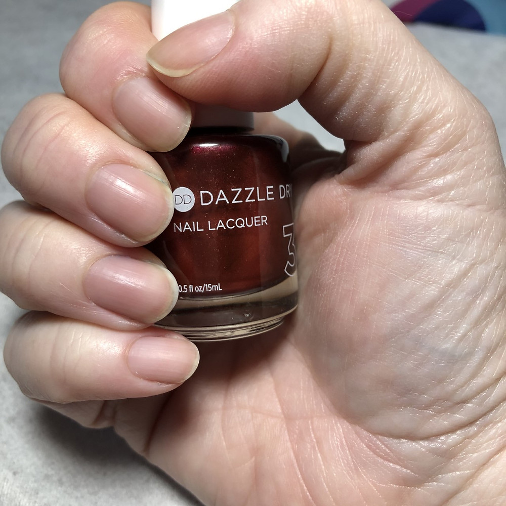 Dazzle Dry polish does not leave the yellow tint on natural nails.
