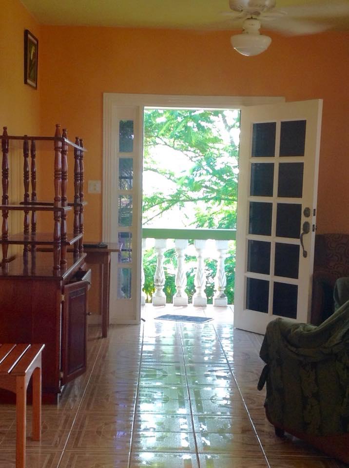 Santa Cruz 2 Bedroom house