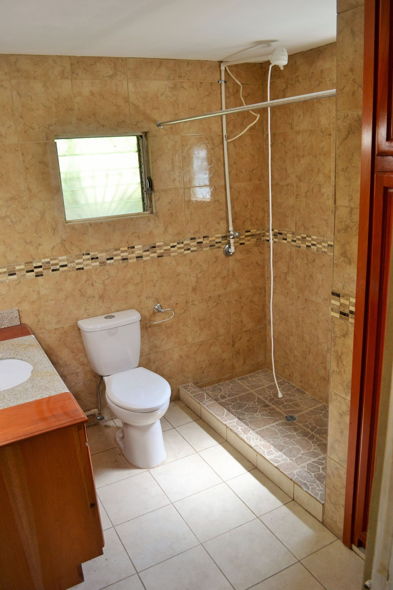 2 bed House, in the Cahal Pech area