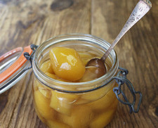 stem_ginger_pot_spoon650_525.jpg