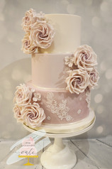 190. Danielle lilac wedding cake.jpg