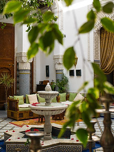 "alt=""Fountain in luxury Riad in Fes"""