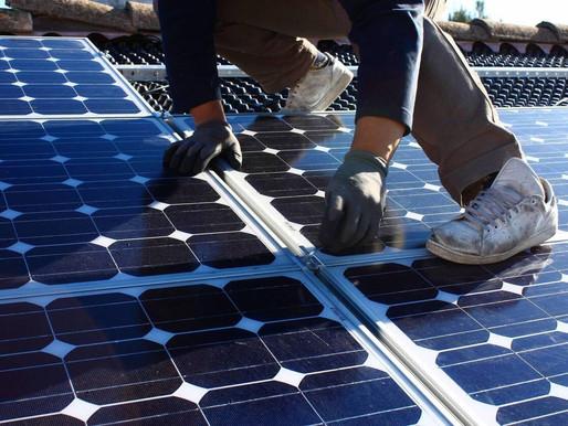 Énergie photovoltaïque. Bientôt des panneaux solaires efficaces aussi... la nuit ?