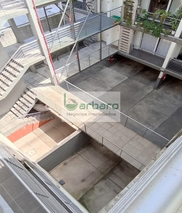 Otra vista del interior del edificio