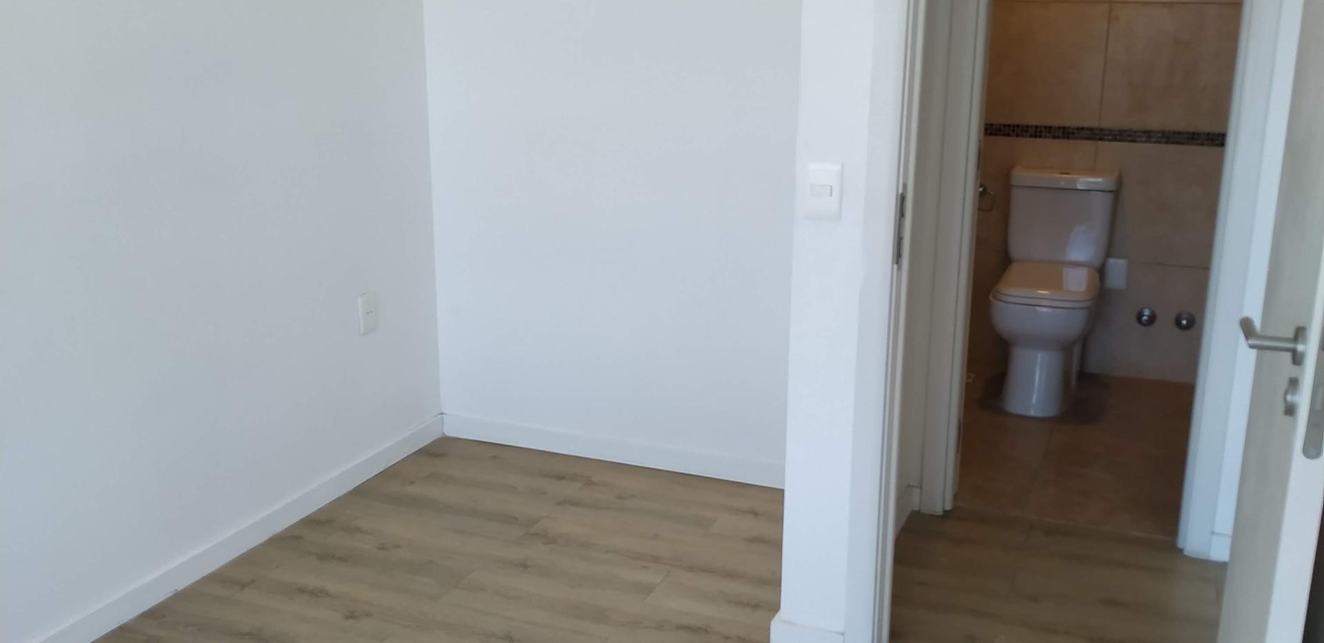 Vista opuesta del dormitorio