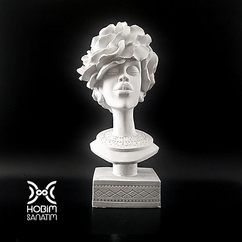 Gül Saçlı Kadın - Polyester