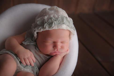 fotografo newborn a domicilio Verona