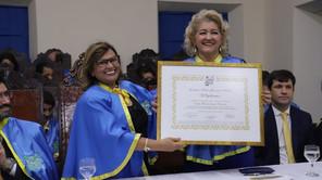 Neila Maria Souza Barreto toma posse da Cadeira 19 na Academia Mato-Grossense de Letras