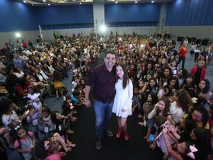 Projeto seleciona crianças e adolescentes de MT para levar a evento que revelou Larissa Manoela