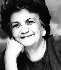 Autora fala de livro em homenagem a Sarita Baracat