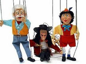 Arte de marionete e incentivo à leitura nas escolas públicas de Cuiabá