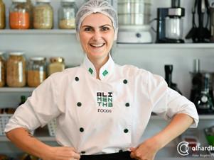 Para despertar consciência das pessoas pela alimentação, empresária cria delivery de marmita vegana