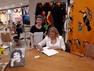 """Lançamento do Livro """"Sarita Baracat Vida e trajetória política"""" foi um sucesso!"""
