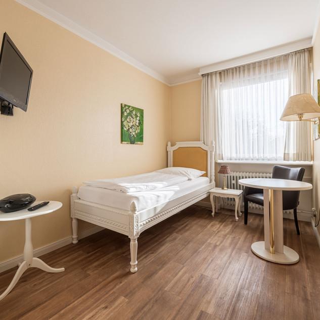 Einzelzimmen, Hostel (3).jpg