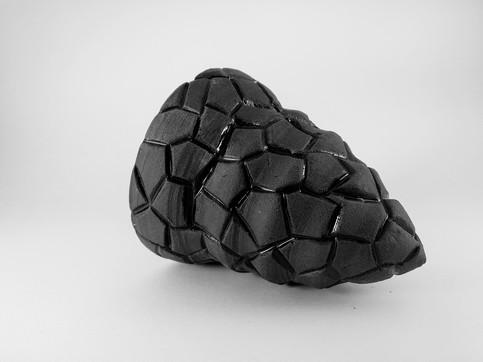 Hexagon black object H 10cm D 12cm